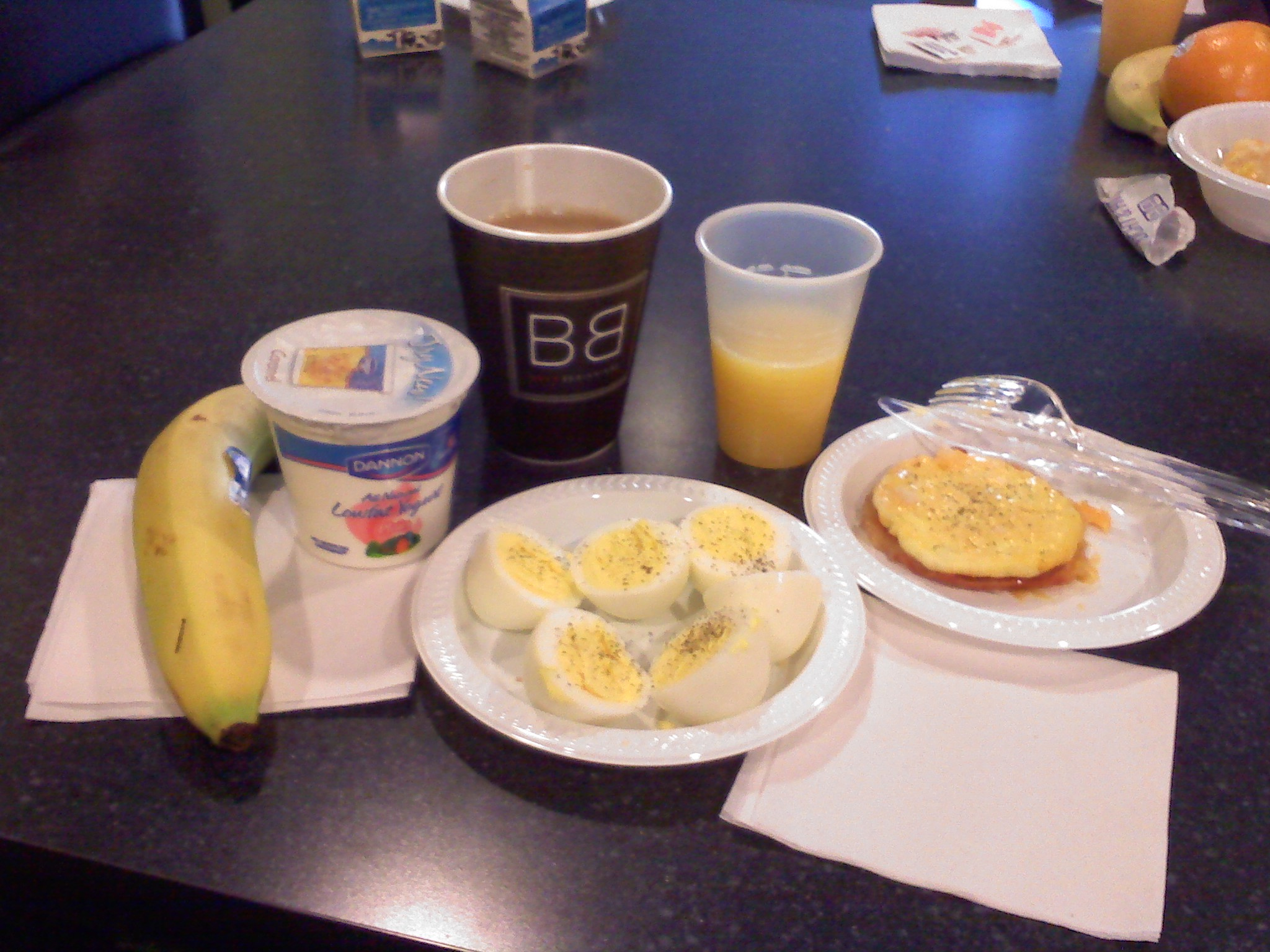 Rockford, IL, Marriott, The Fairfield Inn :: Eggs with bacon, hard boiled eggs, yogurt, banana, orange juice, coffee