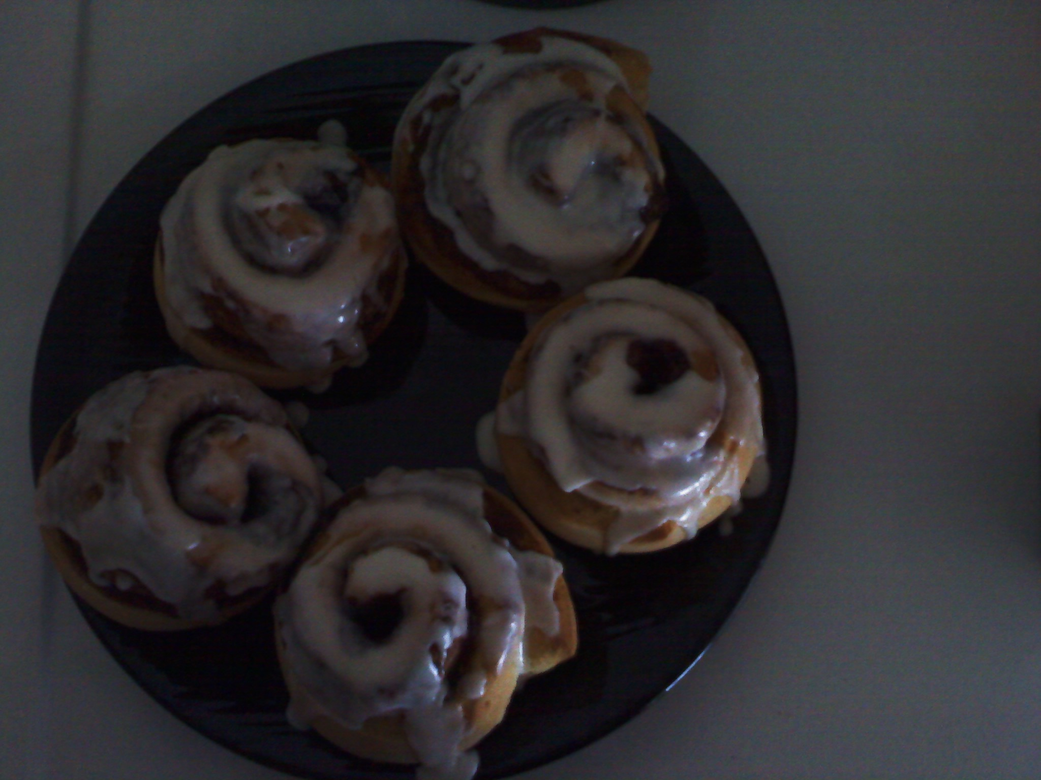 New Britain CT :: We made some yummy cinnabuns to go with our Birthday breakfast for my mother-in-law, mmmm they were delicious!