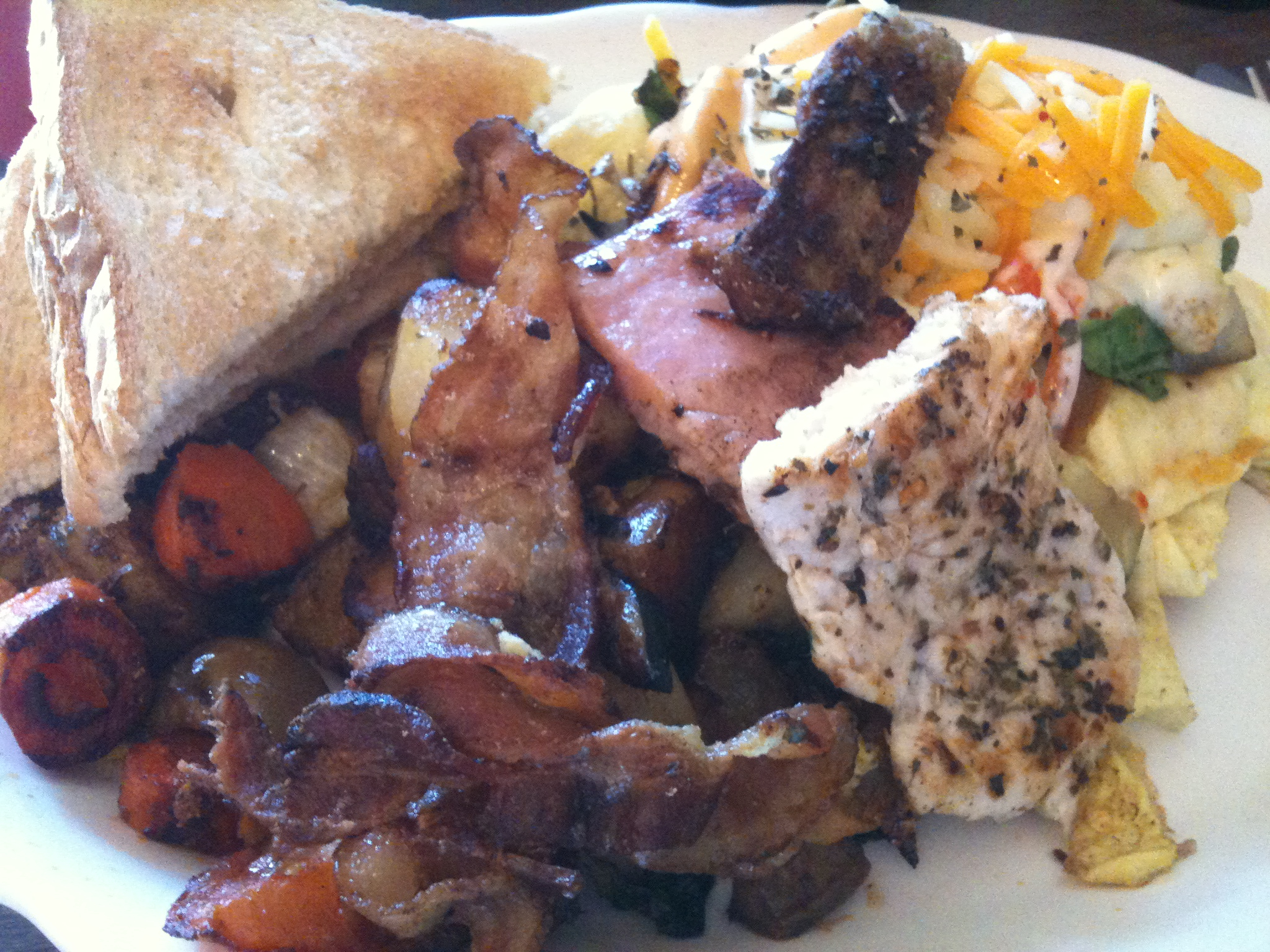 Brookline Street Lunch :: Ultimate Omelet - had it all!