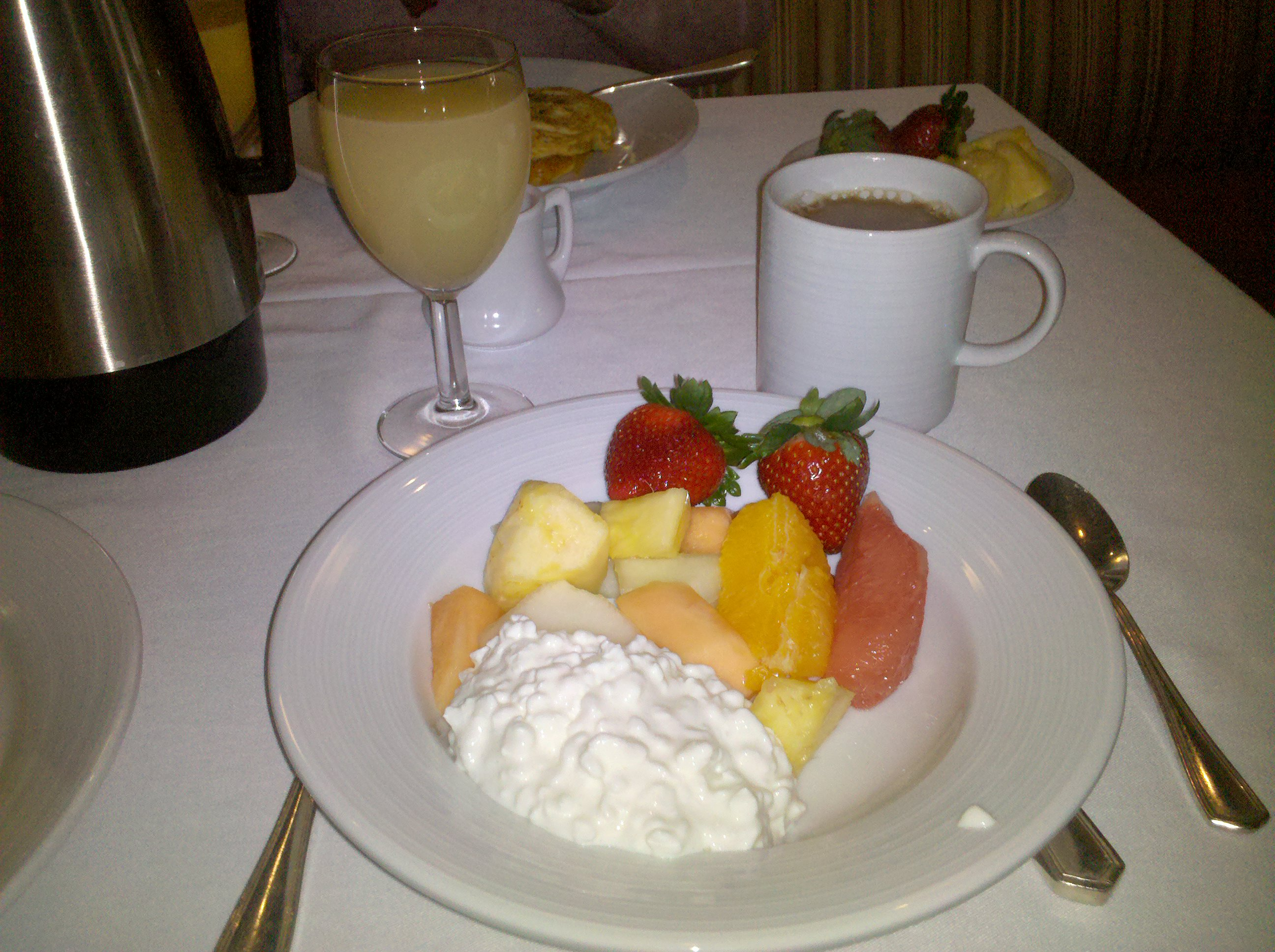 Marriott, Greenbelt, MD :: Breakfast Fruit, fresh and sweet, with grapefruit juice and coffee