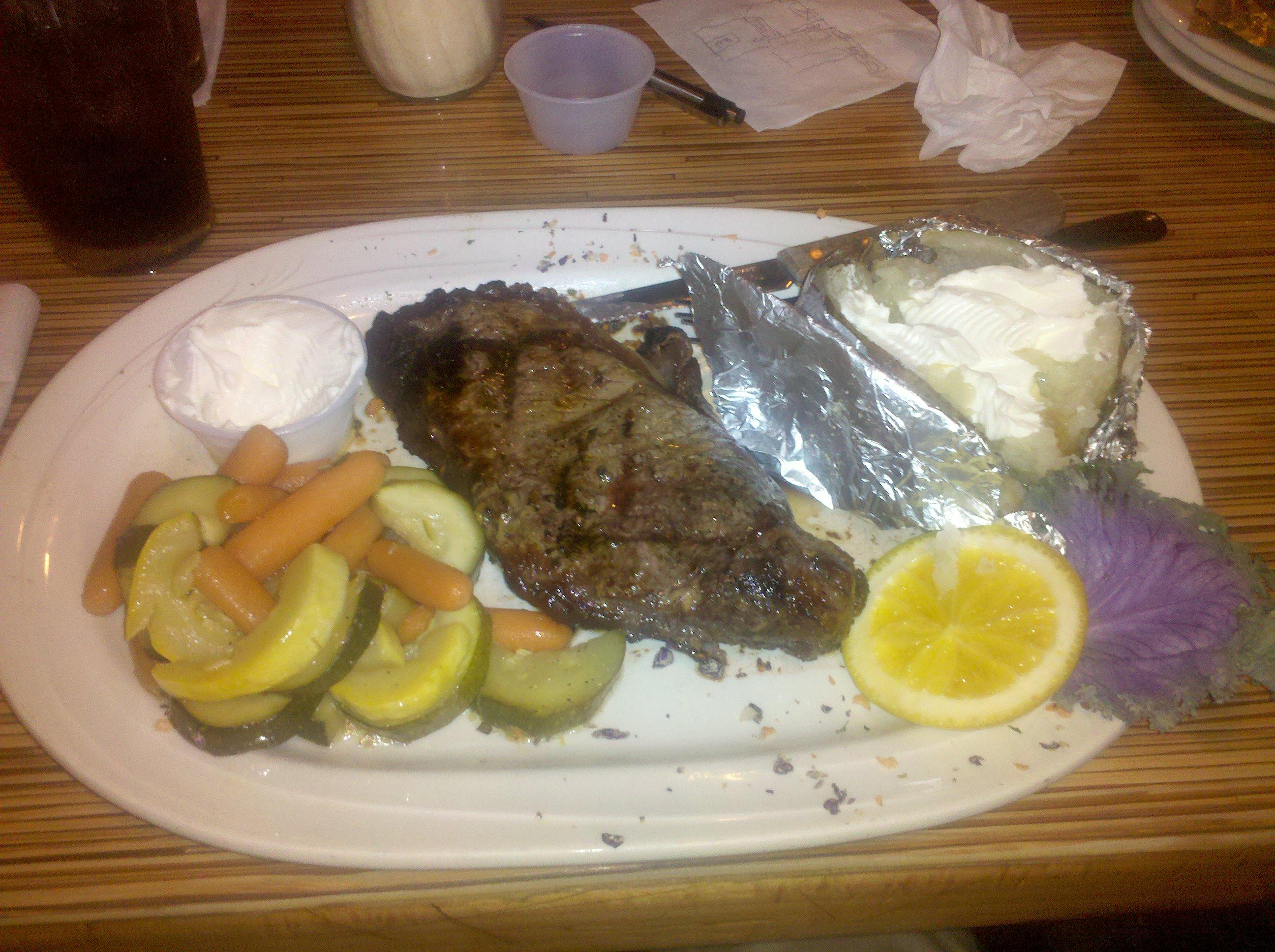 Periwinkles - Auburn MA :: Steak Dinner - very good