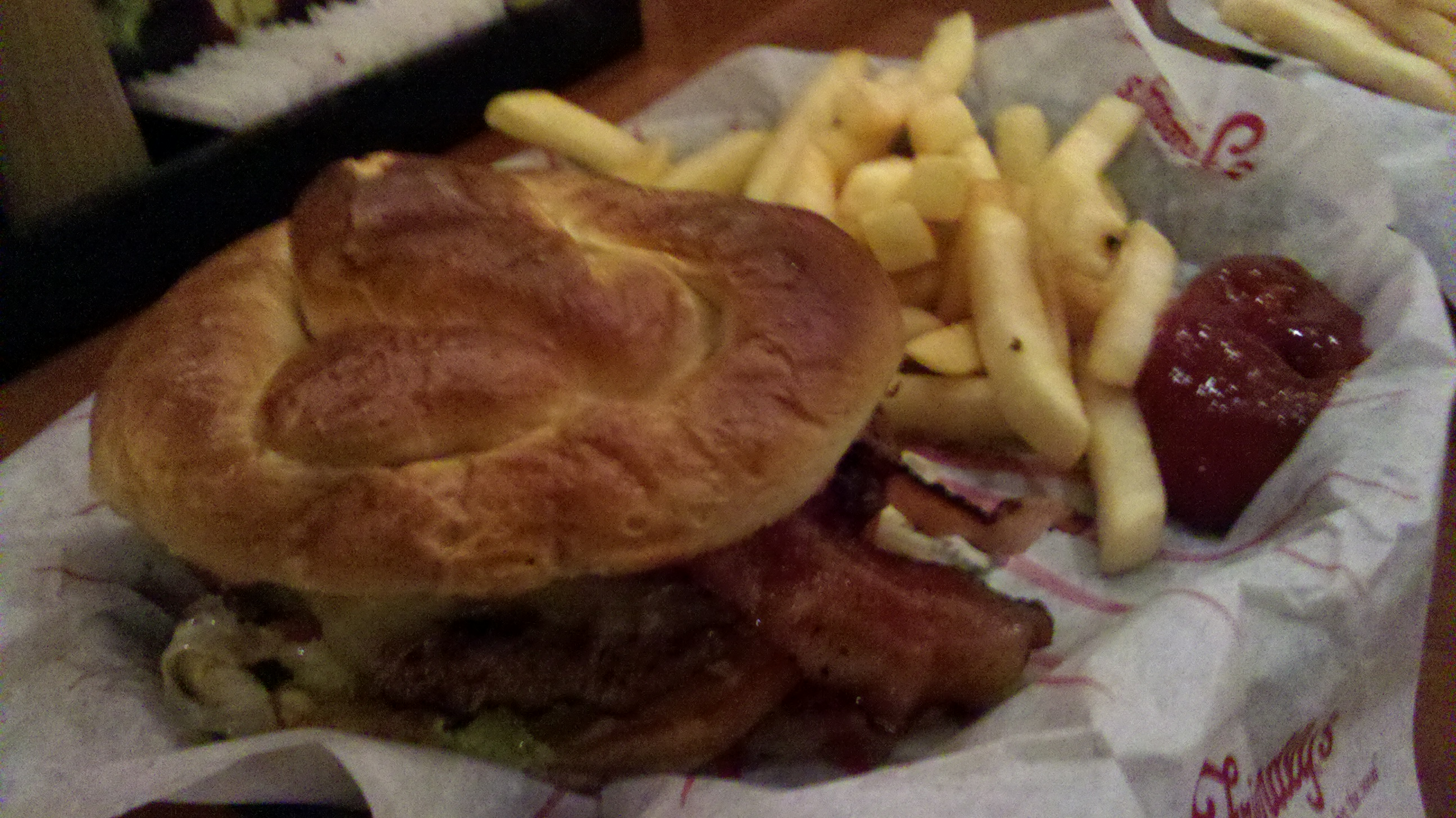 friendlys :: soft pretzle bacon cheese burger