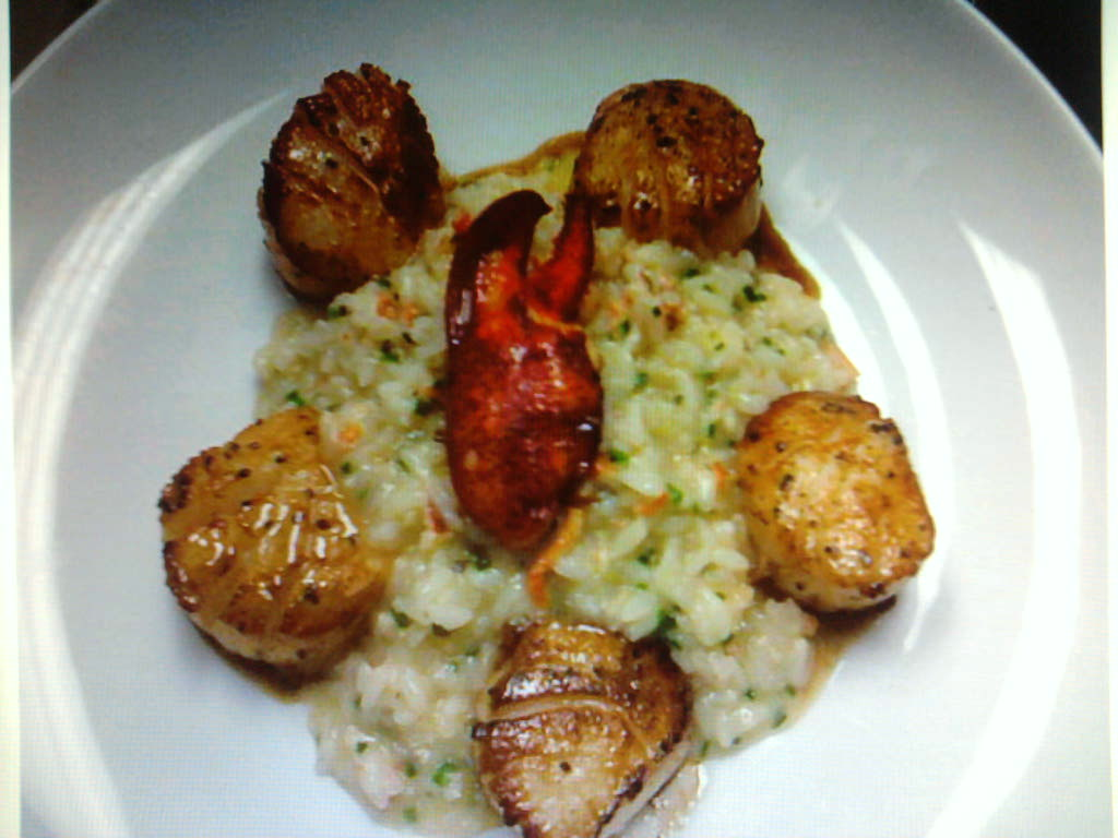 eastern ct  :: lemon zest scallops with lobster basil risotto