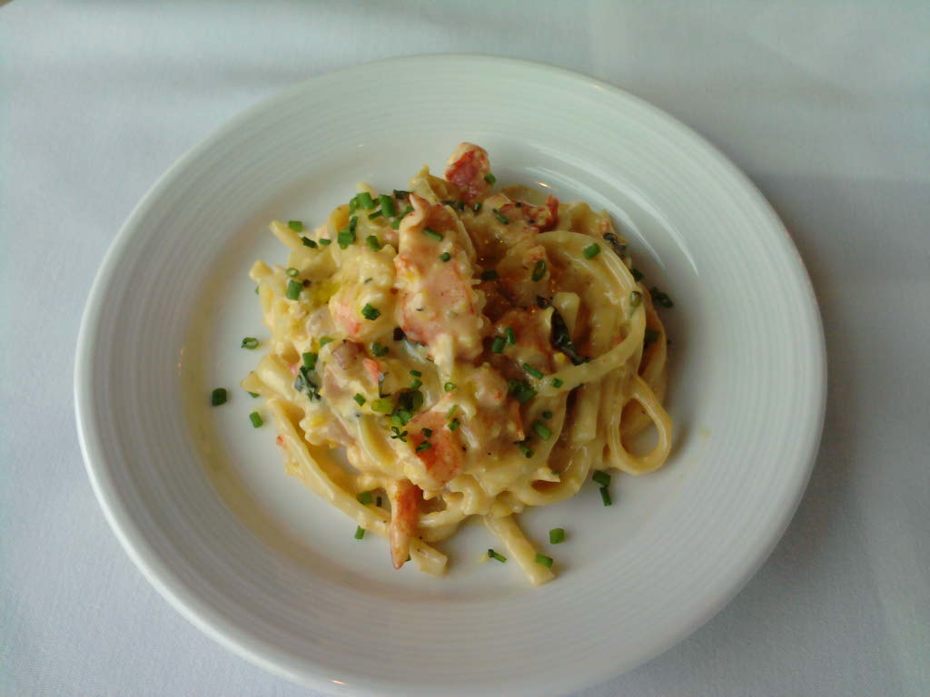 eastern ct  :: lobster with a roasted corn maple bacon cream tossed with linguini