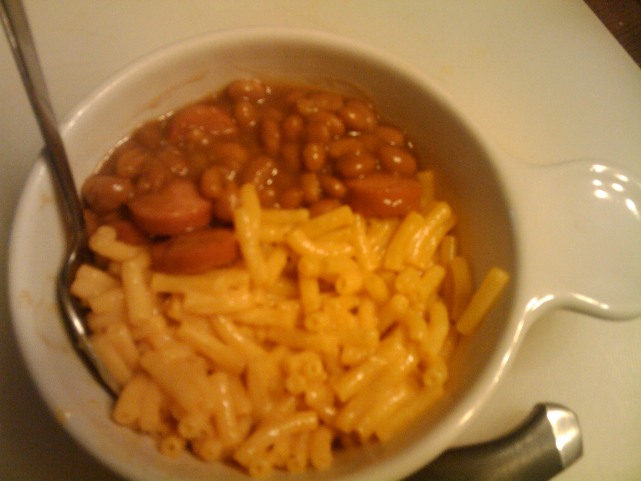 1St Ward  :: Mac & cheese bake beans & hot dogs