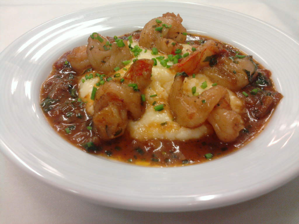 eastern ct :: curly q shrimp with buttered grits and a sweet creole sauce