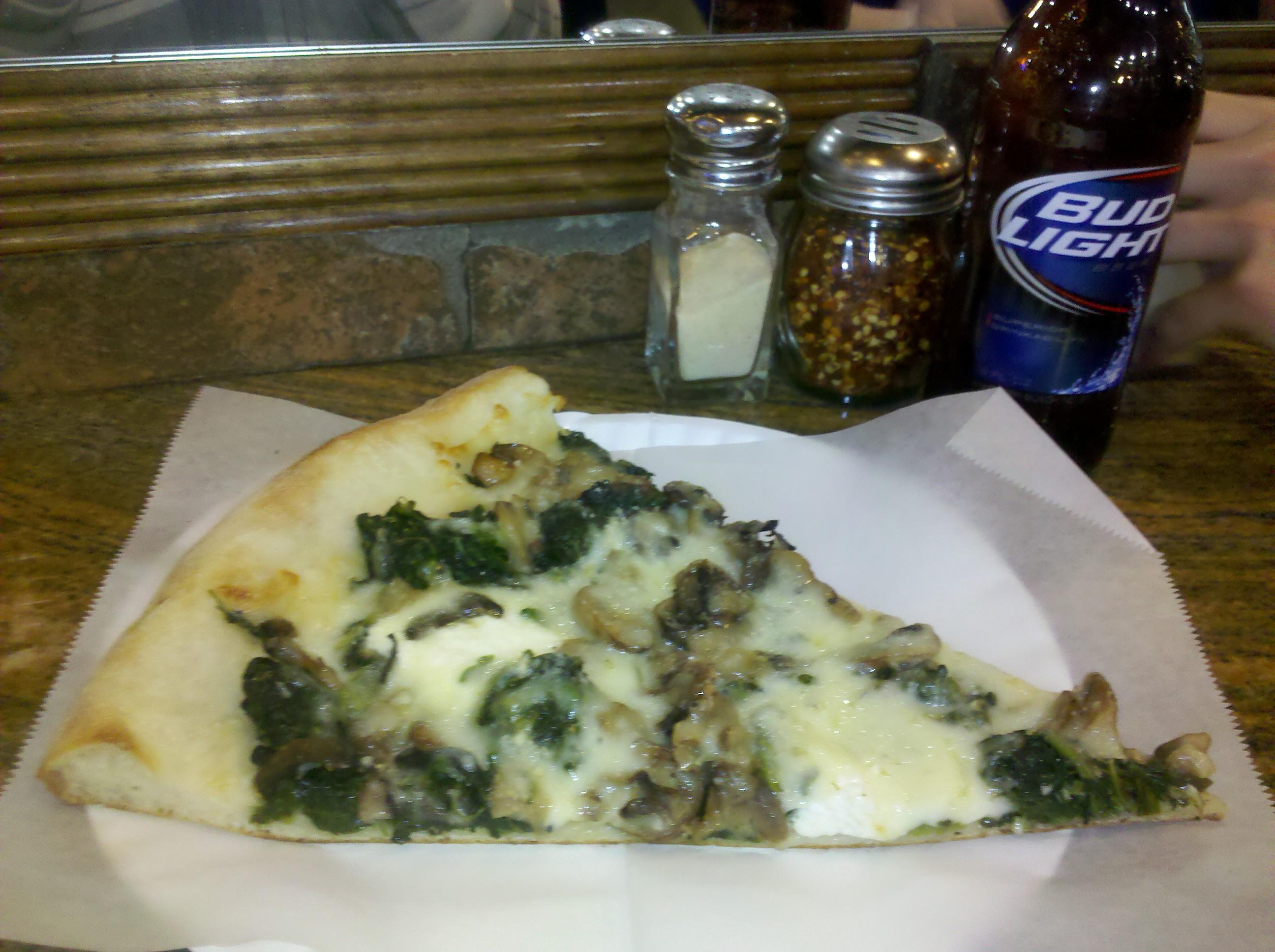St Augustine, FL :: spinach, mushrooms, mozzarella, and ricotta