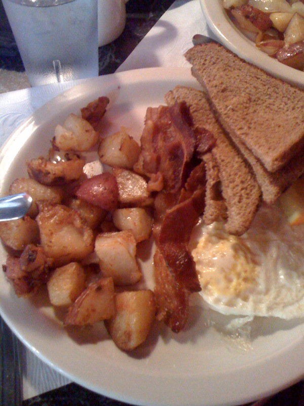 Muls Diner Boston, MA :: the toast was a bonus because I didn't order it!!!  everything else I ordered though and ate!