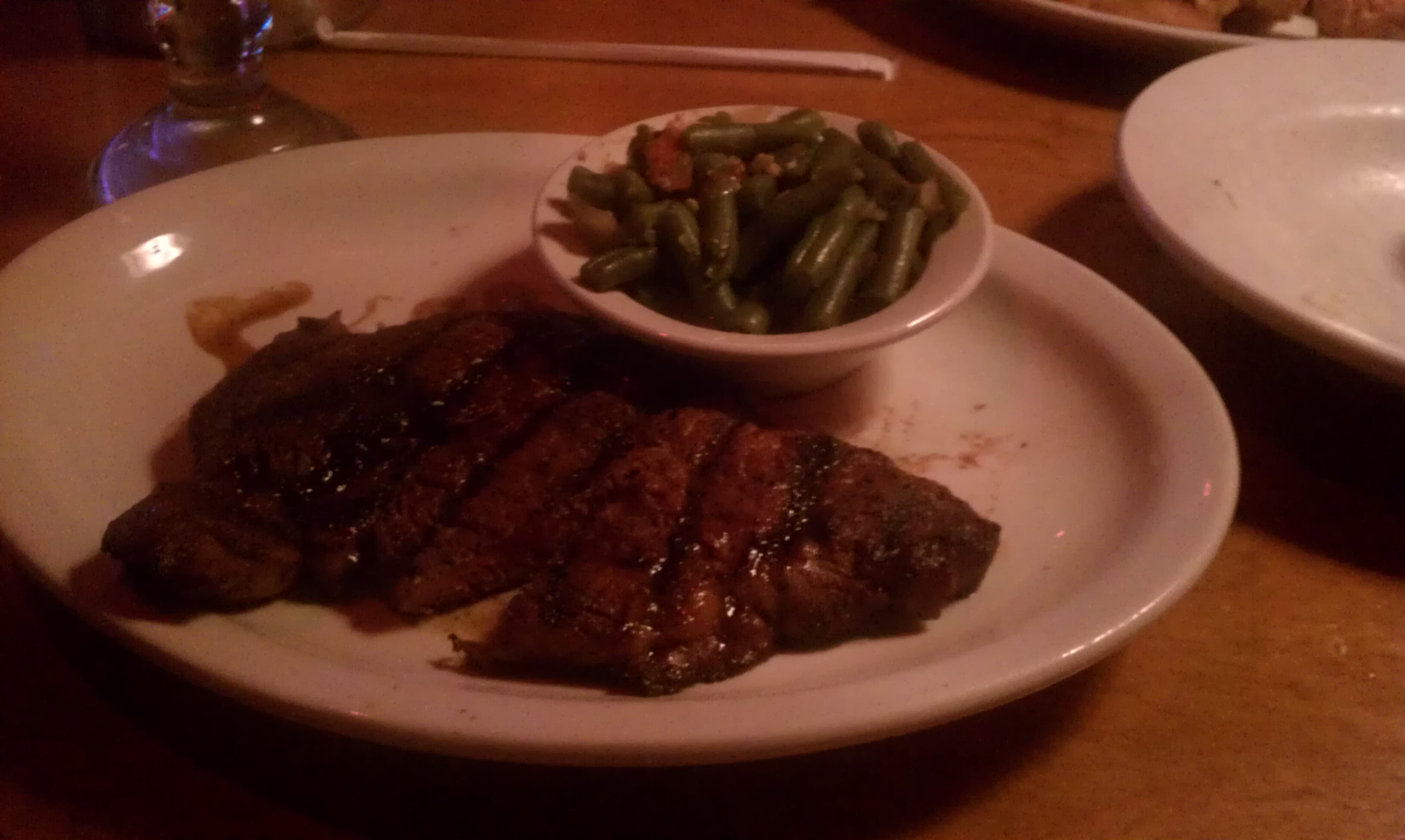 Mcallen Tx. :: Texas Road House  ribeye steak and greenbeans