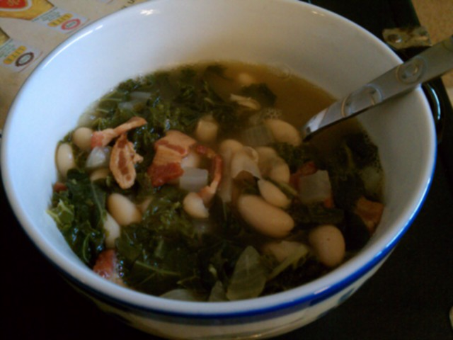 Nashville :: cannellini, kale, and Bacon soup