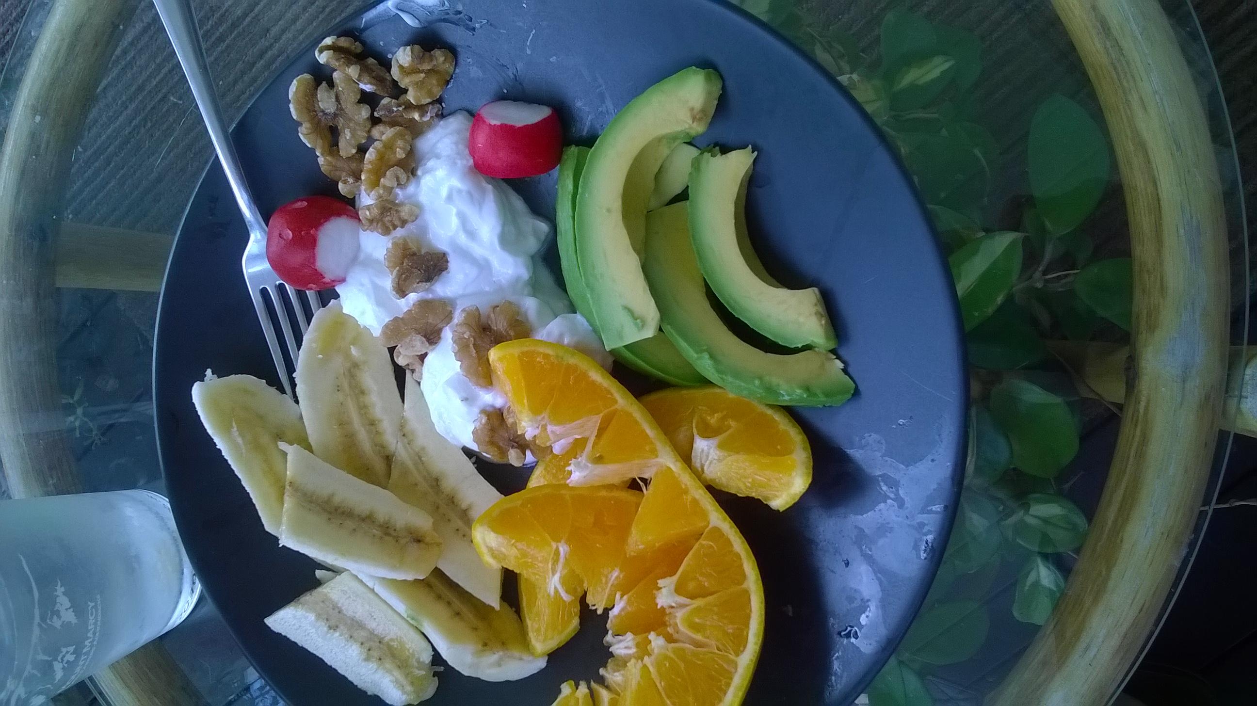 manchester nh :: yogurt and fresh fruits