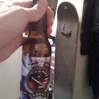 wow... this beer is bigger than one of my brokn skateboards!!! what a good beer... Sebago FULL THROTTLE double IPA!!