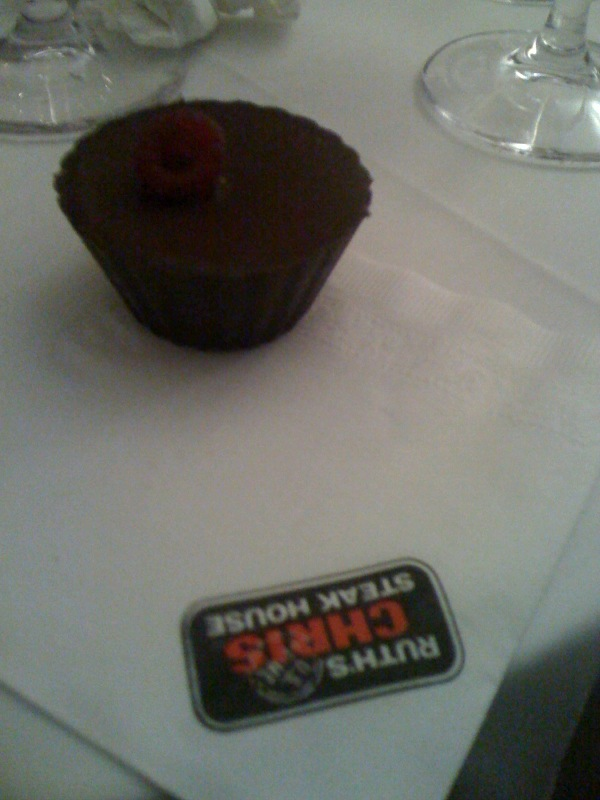 Ruth Chris Steak House :: I wanted more of theese but the girl only came by once! BOO