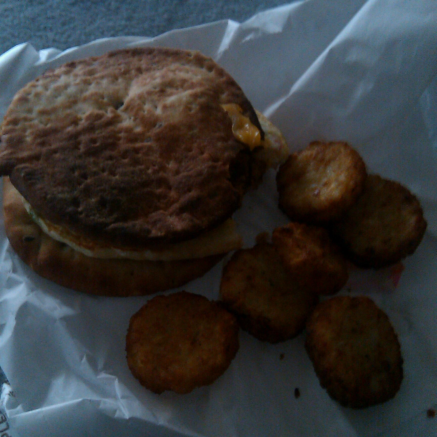 dunkin donuts  Baltimore md :: really burnt veggie egg white flat bread & hash browns.
