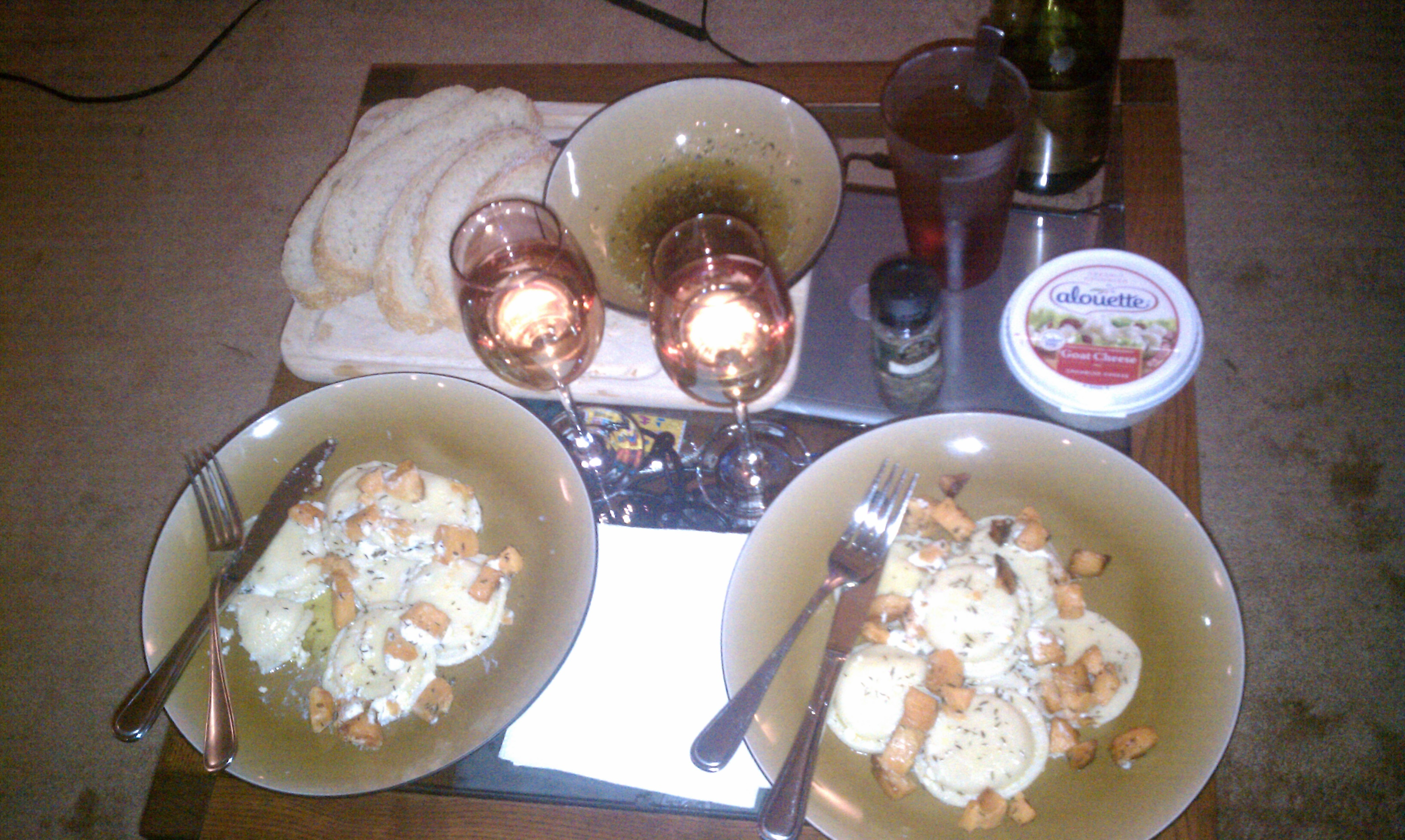 NJ :: Cheese Ravioli with olive oil thyme and baked sweet potatoes with Calabrese bread