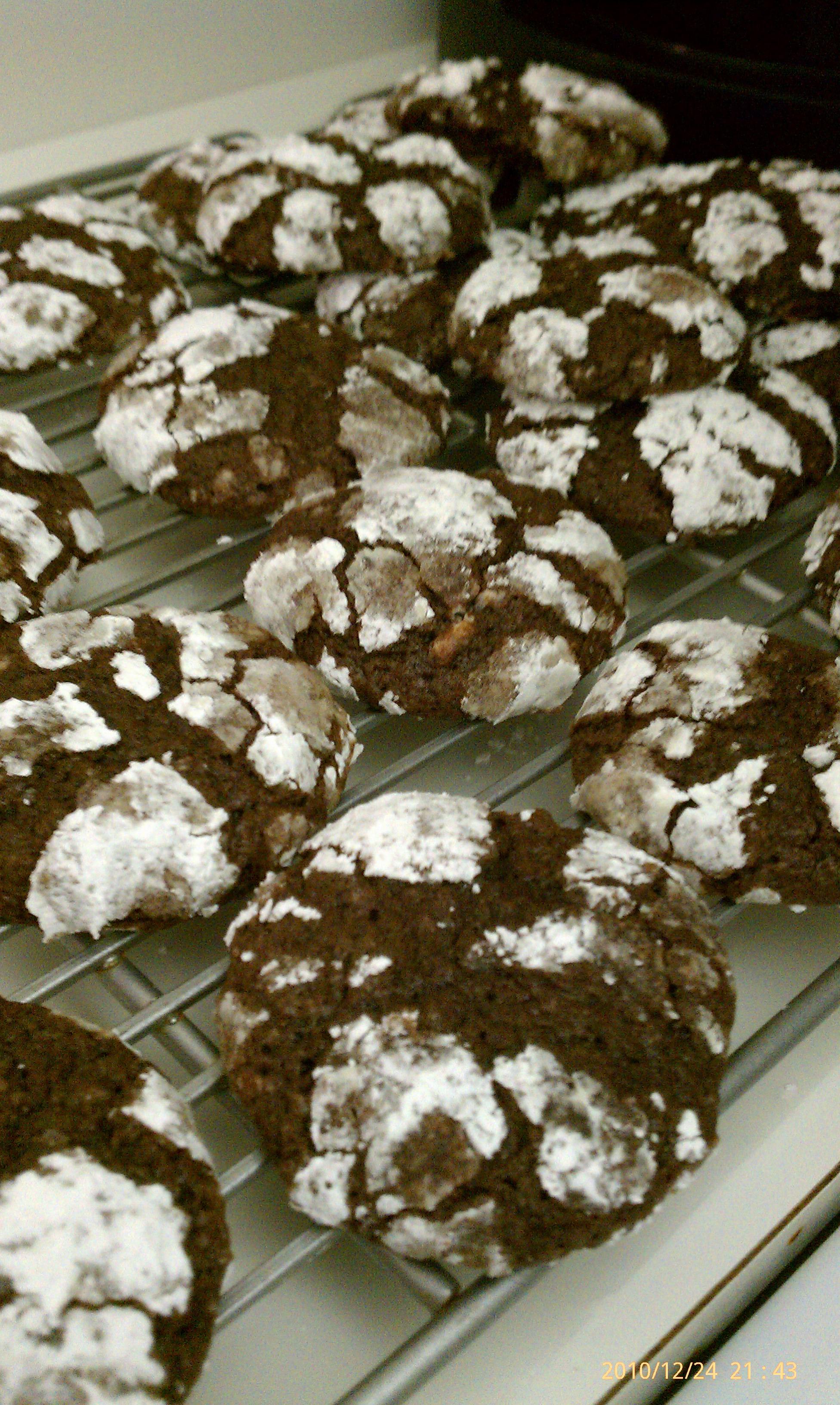 Quincy :: Chocolate Peppermint Crinkle cookies.
