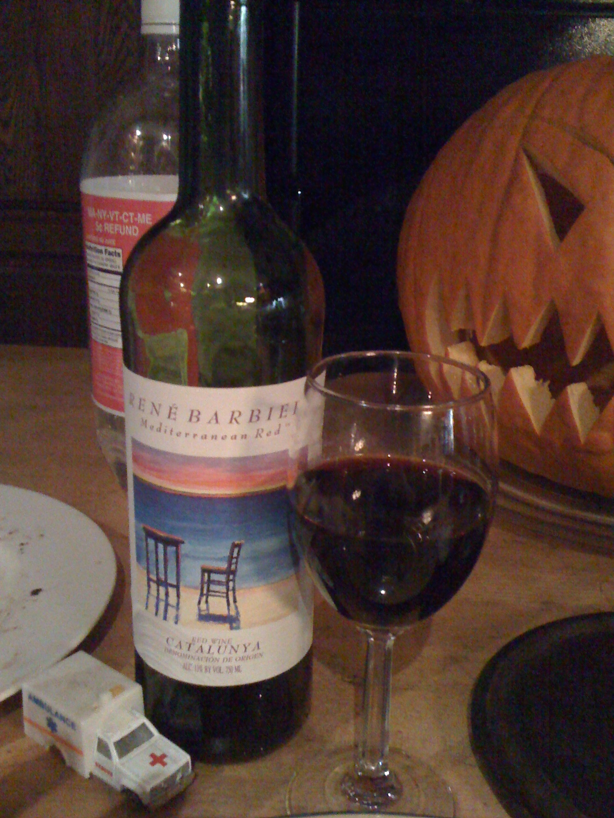 home :: Rene Barbiei, Mediterranean Red table wine. I thought this deserved it's own consideration. A  mix of Merlot and Tempranillo, alone it has a bit of a zip on your tongue, not very fantastic. But as a dinner wine, particularly with a steak, it was excellent. And at $4 a bottle you can't go wrong for table-plunk.