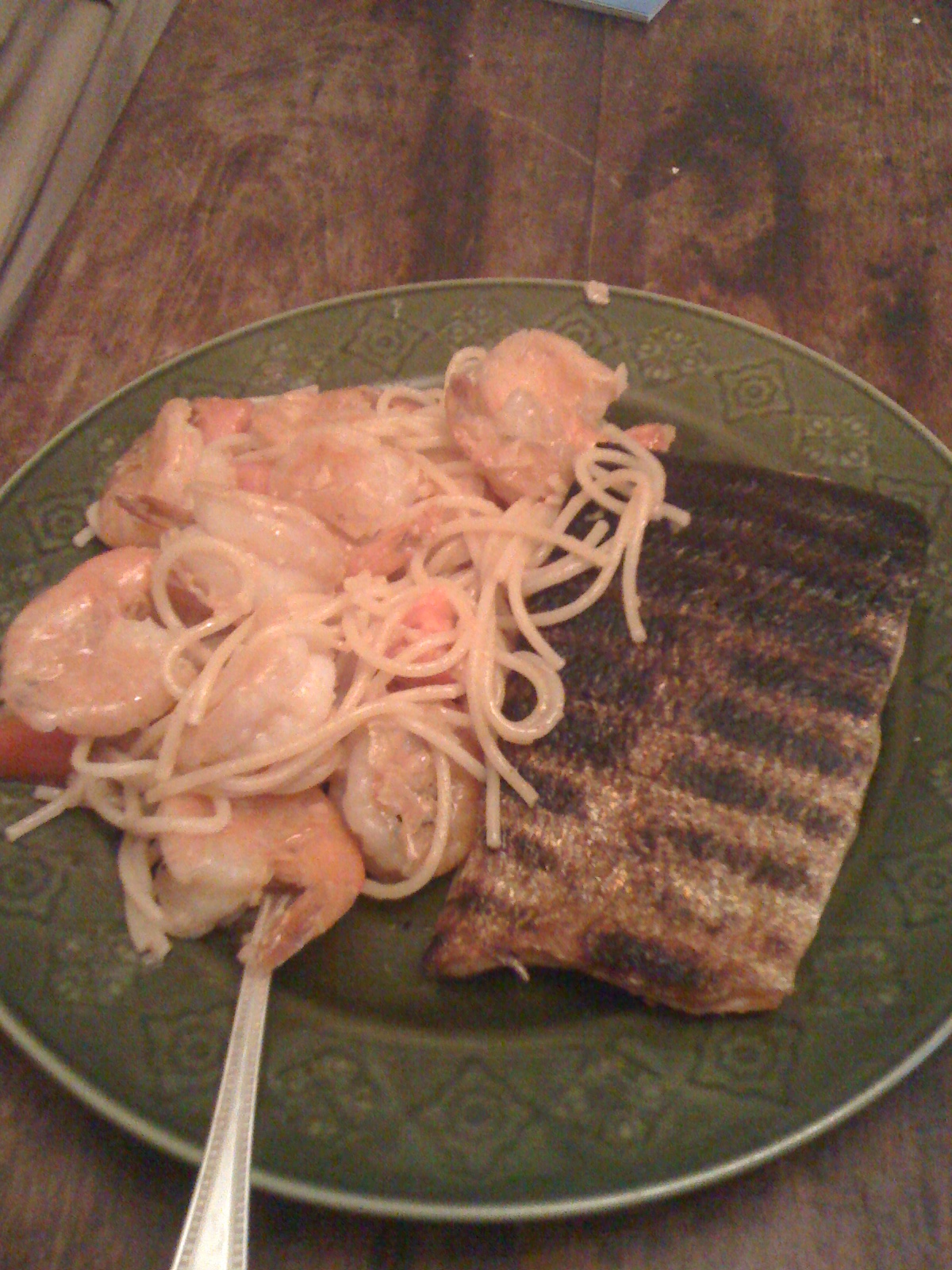 My House Cambridge, MA :: Grilled Salmon... I over cooked it a tad... I like salmon rawish in the middle...  I was at the market and saw some peel and eat shrimp... tossed some noodles+shrimp in a garlic butter white wine sauce welcome to yummie time!