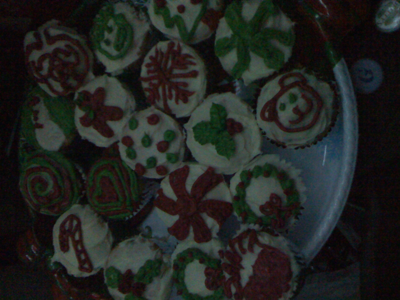 Garys place Cambridge, MA :: holiday cup-cakes.... I made one and ate others!!