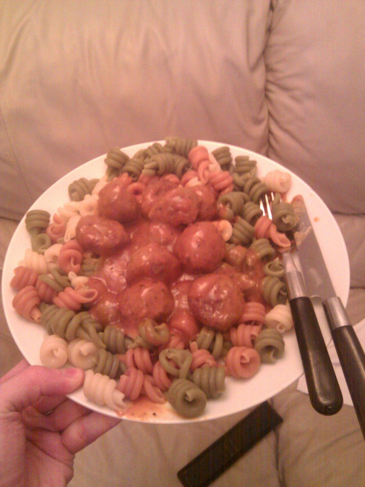 manchester, uk :: my tea, meatballs an pasta