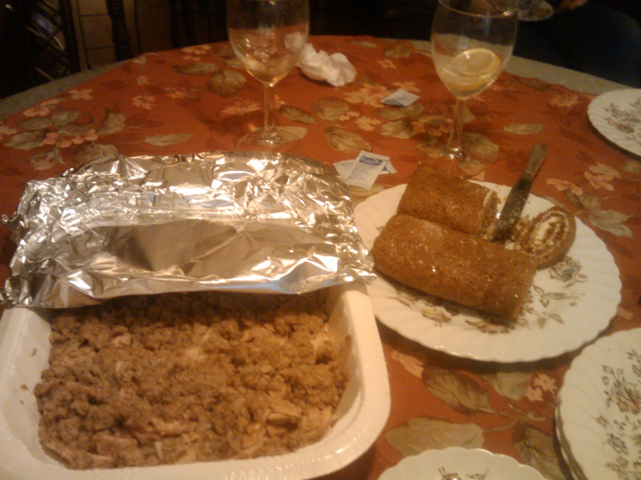 1St Ward :: Happy Thanksgiving!!!! Feast on dessert!! Homemade.  Apple Crisp and Pumpkin Roll