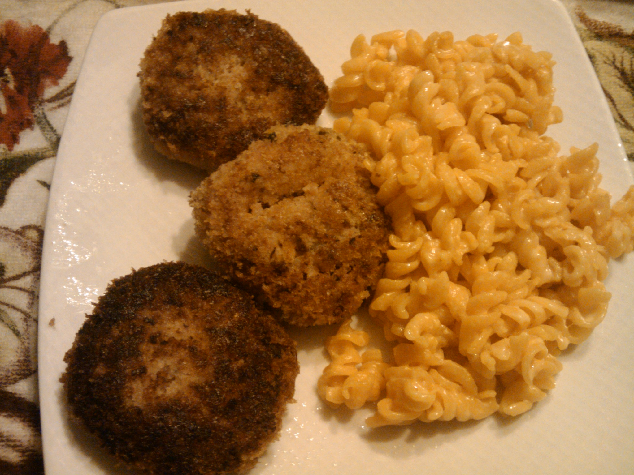 1St Ward :: Ham croquettes and Mac and Cheese