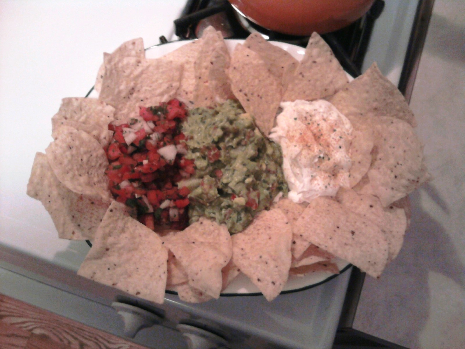 Chicago, IL :: Homemade Gauc, Salsa & Sour Cream Dip... Mmm