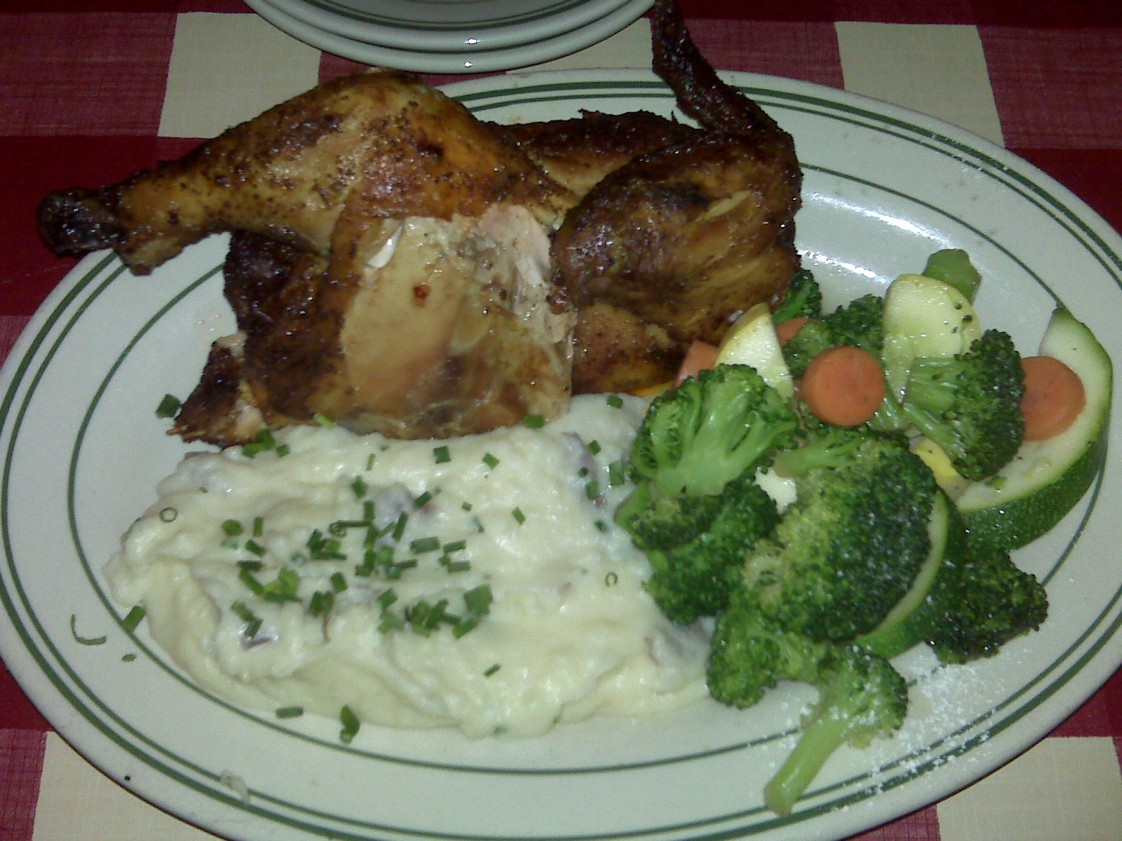 Nahua, NH Bugaboo Creek Steakhouse :: Half chicken, Homemade red potatoes (mashed) with chives, steamed veggies!