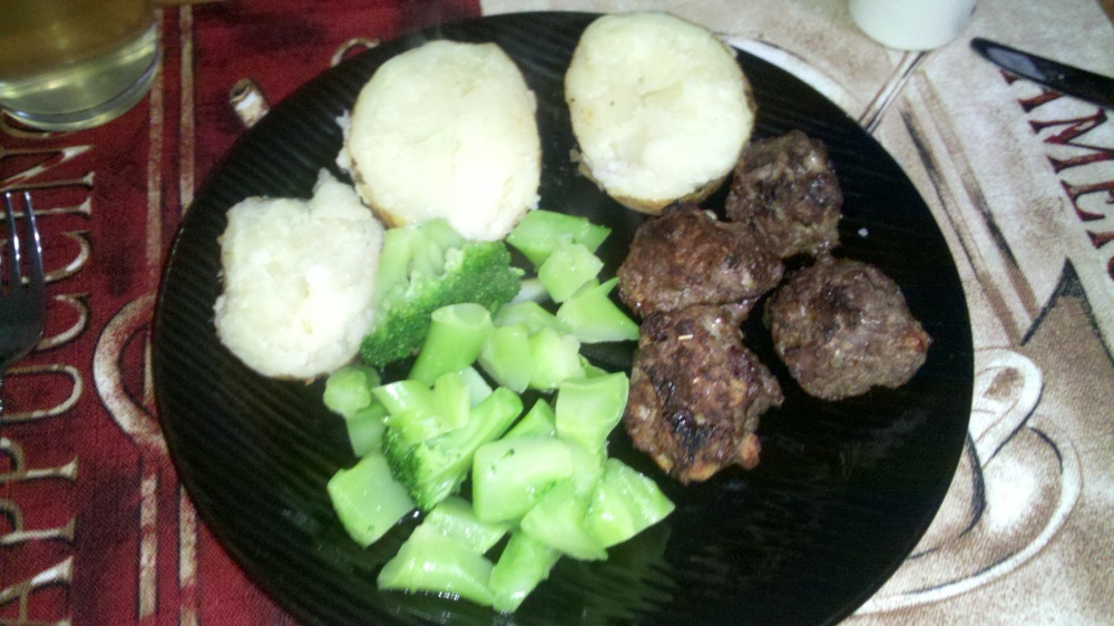 new britain ct :: made baked potatoes, meatballs and broccoli for the husband tonight :)