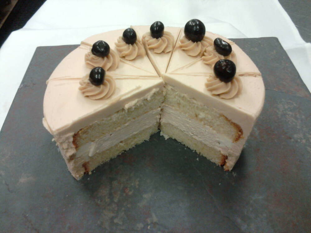 eastern ct :: cappuccino cake.