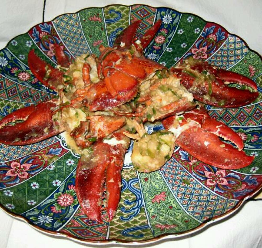 eastern ct.  :: after xmas dinner of chinese style ginger scallion lobster.