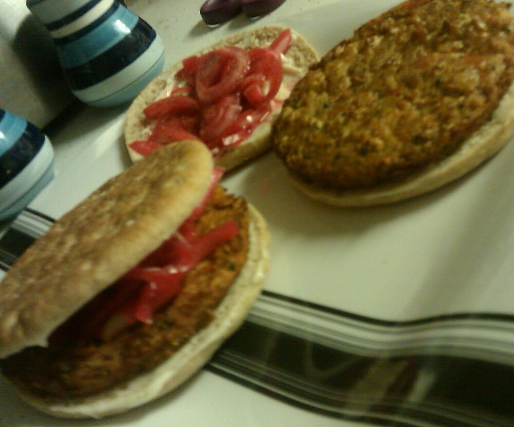 home Baltimore md :: turkey burgers with ff mayo & my beeted onions