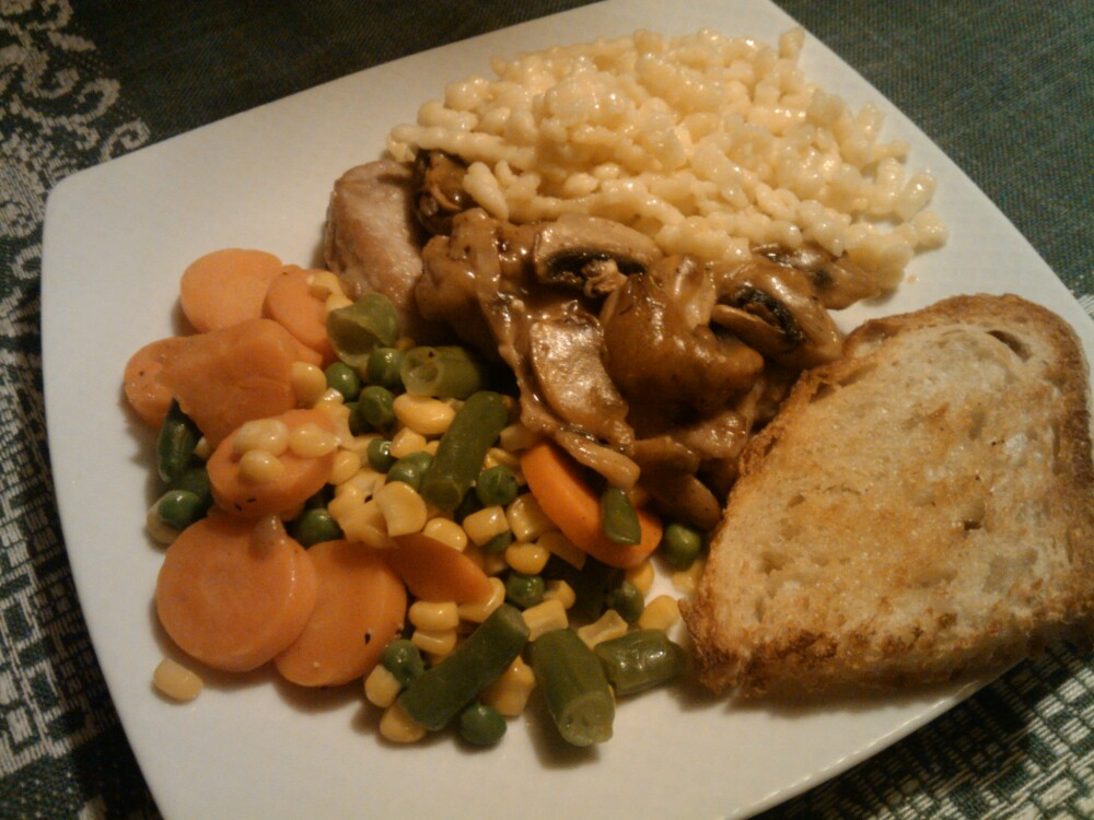 1St Ward  :: a well needed homemade supper: mixed vegetables: porkloin with mushrooms: spaetzle: buttered toast  mmmmmm delicious!!