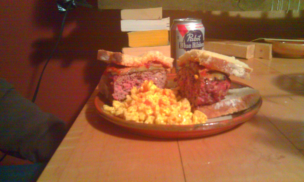 Peterborough, NH :: 1 lb. charcoal grilled bacon blue cheese onion cheddar pickles burger with mac and cheese